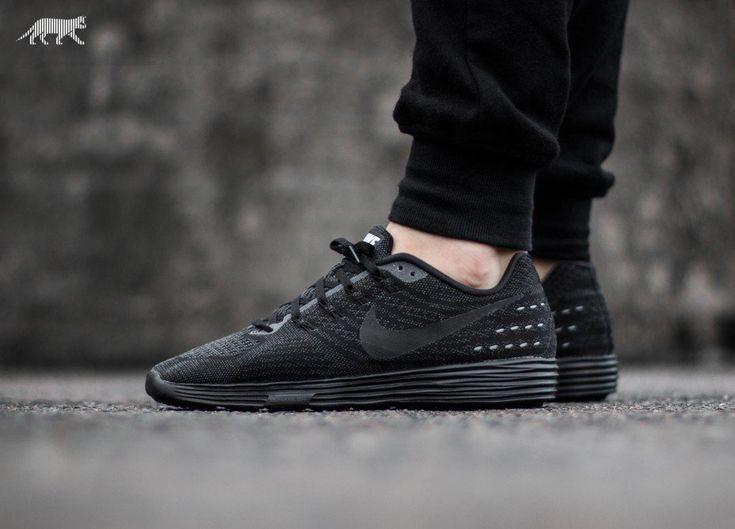 quality design fee7e 3da7d 818098-100-Nike-Wmns-LunarTempo-2-04 Pin by Tilo Hensel on Coole Sneaker    Pinterest   Adidas zx flux, ...