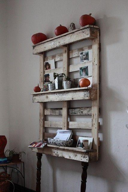 diy pallet furniture - Click image to find more Home Decor Pinterest pins