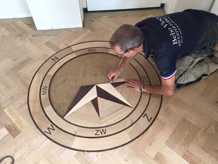 Prachtig en uniek patroon in een parketvloer.