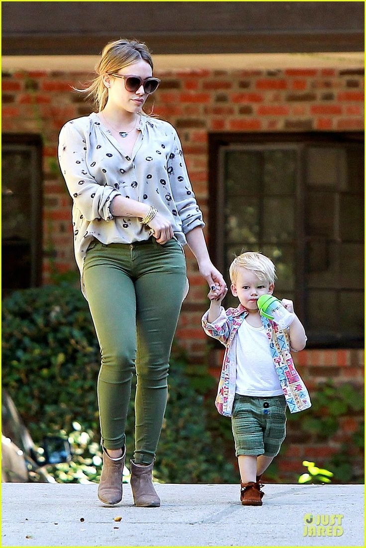 Hilary Duff takes her son Luca to Baby's First Class on November 14, 2013