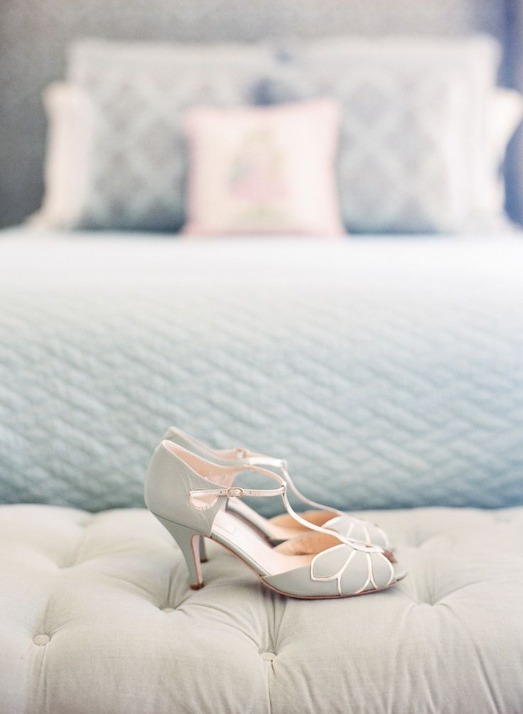 20 Vintage Wedding Shoes That WOW