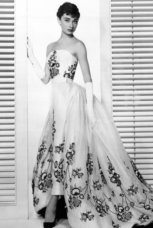 Audrey Hepburn publicity still for 'Sabrina', 1954. Decked out in her favorite designer Hubert de Givenchy. One of her unforgettable looks.