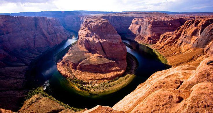 Una guida di viaggio per visitare lo stupendo Horseshoe Bend in Arizona, vicino Page: tour guidati ed informazioni.