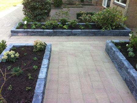 Voortuin bak over de zijkant van de tuin tuin pinterest tuin and van - Tuin decoratie met kiezelstenen ...