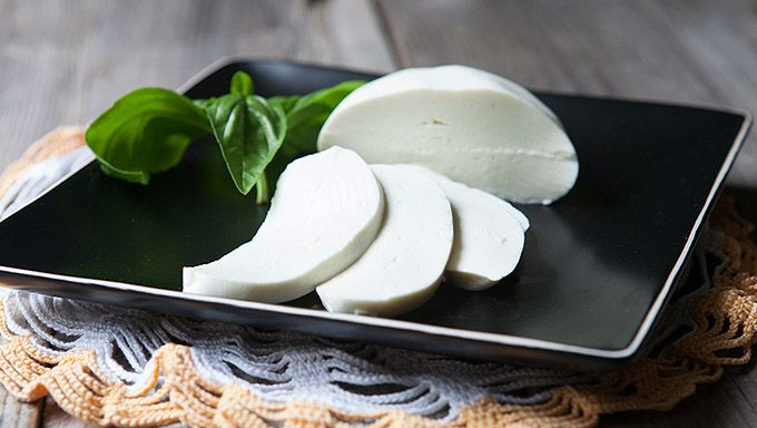 How To Make Mozzarella Cheese - Tablespoon