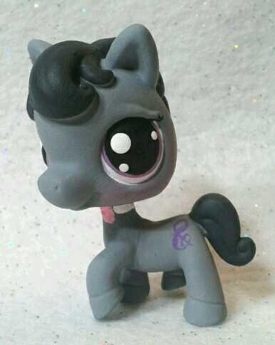 Octavia * Custom Hand Painted Littlest Pet Shop My Little Pony