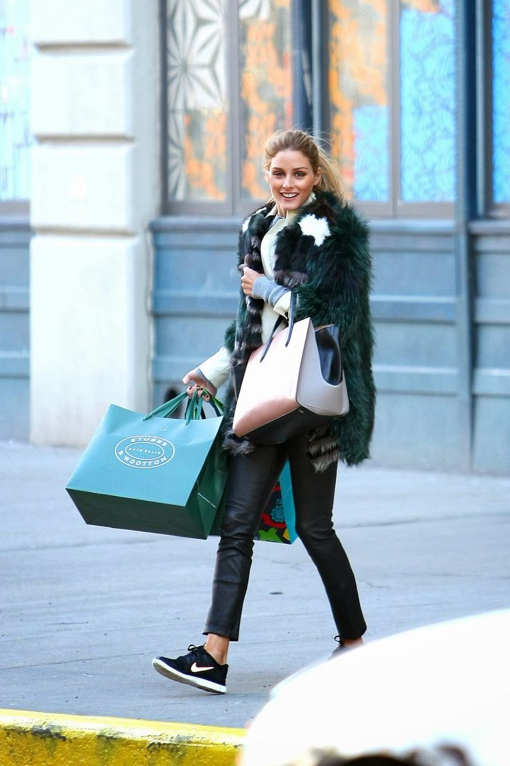 The Olivia Palermo Lookbook : Olivia Palermo shopping in New York
