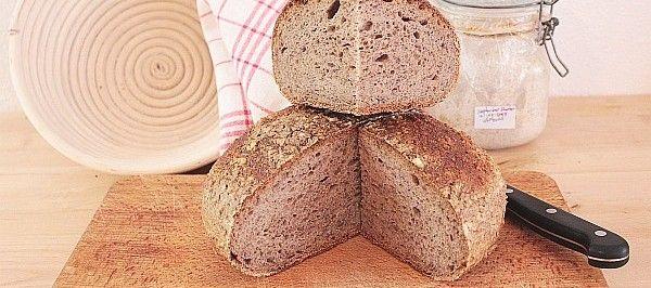 Om zuurdesembrood te bakken heb je een zogenaamde starter nodig. Hoe kom je daaraan? Thuiskok Robert-Jeroen Vriesendorp legt het stap voor stap uit.