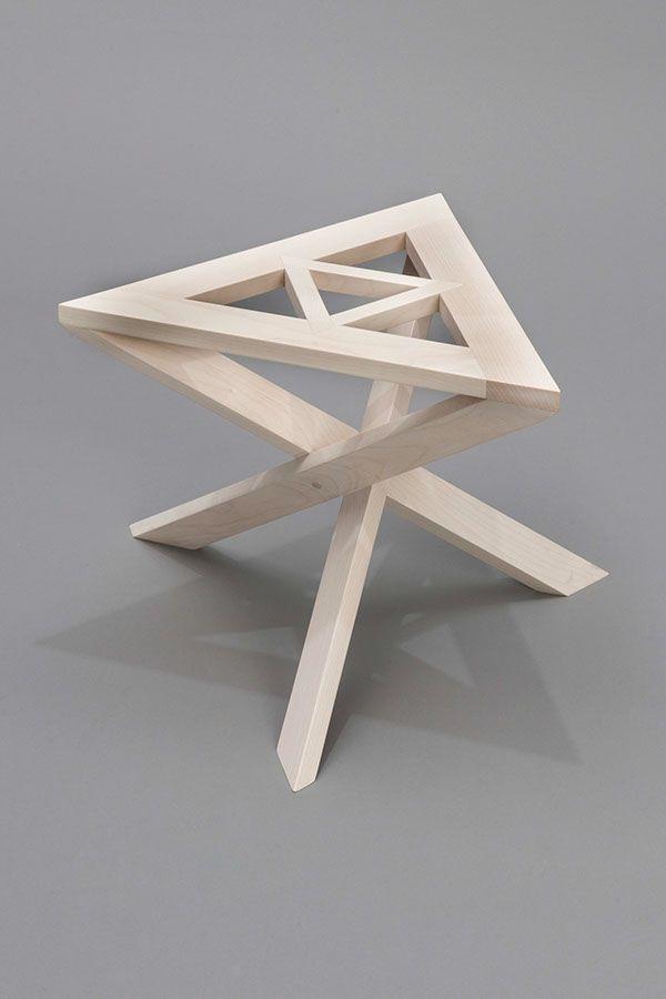 """Diese Arbeit wurde in einem Programm mit dem Titel """"Möbeldesign in …"""