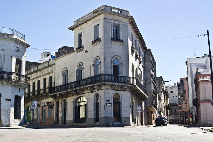 Montevideo, Ciudad vieja, cerca del mercado del puerto
