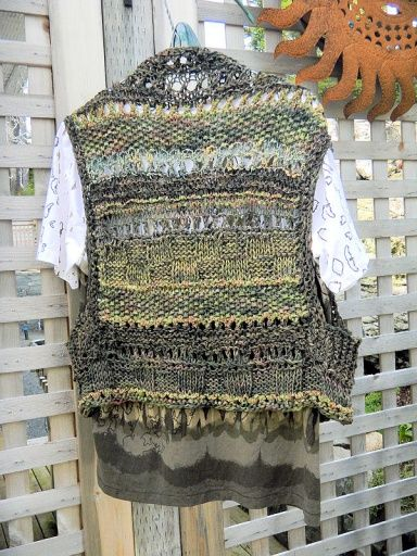 finished_vest_512_01
