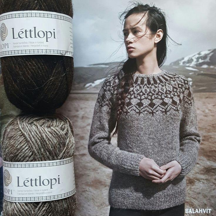 Balahvít, beautiful #lettlopi pattern from Óveður pattern book from #istex  Designer: Brynja Þóra Valtýsdóttir.