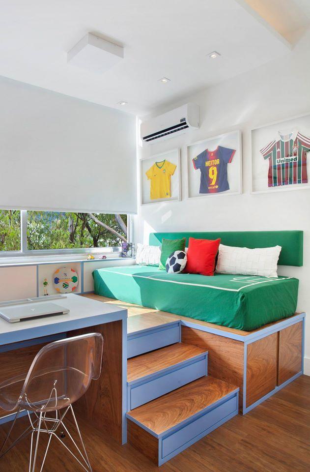 Quarto de menino com tema futebol / Egg. Interiores @natocadesign #quarto #menino #criança #ludico #futebol #bedroom #kids #football #soccer #fun #design
