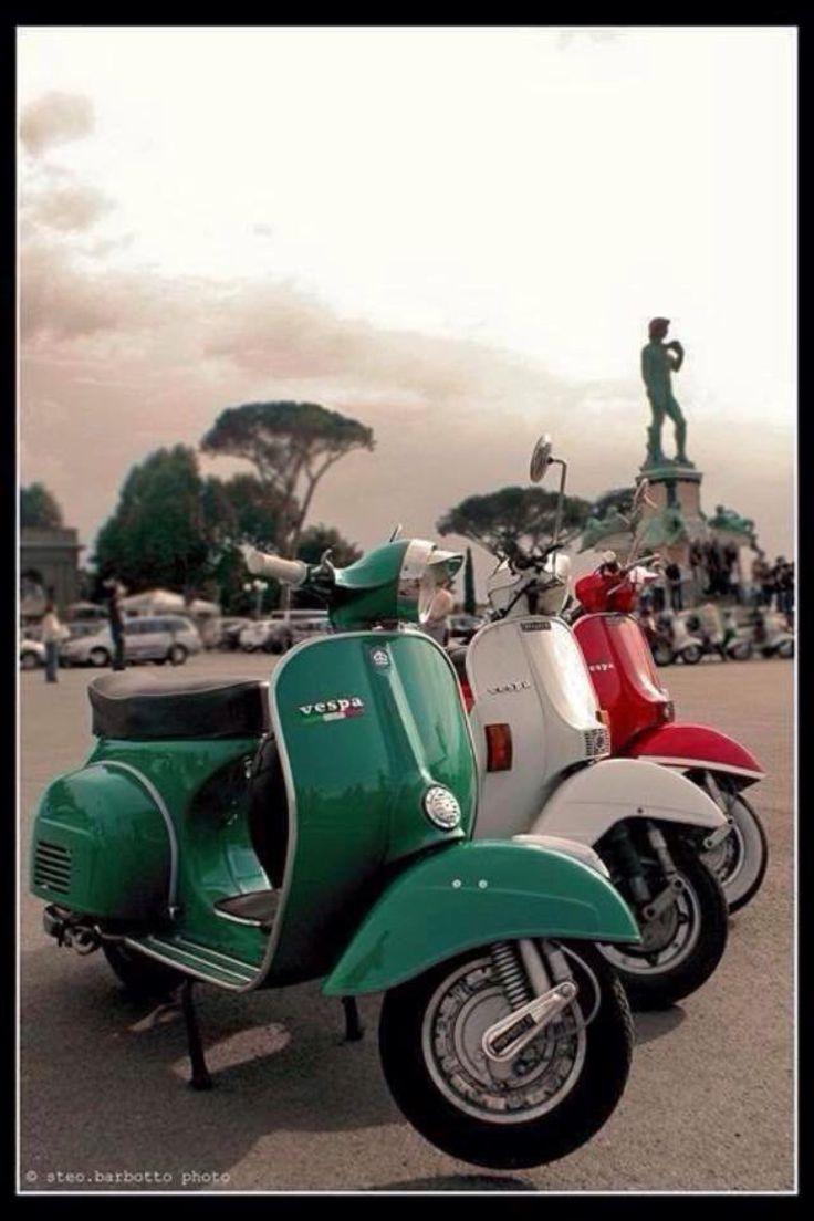 vintage italian scooter - 711×634