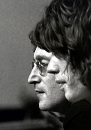 John Lennon i Mick Jagger                                                       …