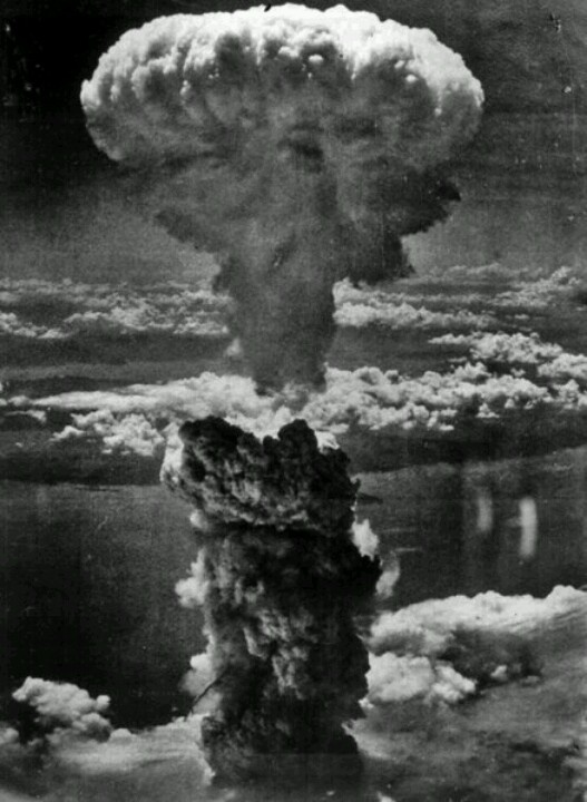 #History #photo The first atomic bomb, released on August 6 in Hiroshima(Japan) killed about 80,000 people, but it didn't seem enough because the Japanese didn't surrender right away. Therefore, on August 9 another bomb was released above Nagasaki. The effects of the second bomb were even more devastating – 150,000 people were killed or injured. But the powerful wind, the extremely high temperature and radiation caused enormous long term damage.