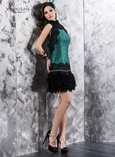 #Lentejuegas #guipur #plumas para este juvenil vestido de @ValerioLuna_GHN