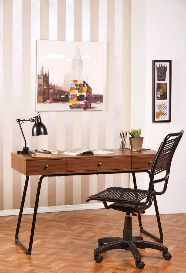 Los cuadros están encargados de entregarle color a una oficina. Encuentra todo lo necesario para tu espacio de trabajo en Easy.cl  #Muebles2014 #Oficina #Mesa #Easy #EasyTienda http://www.easy.cl/estilo-clasico