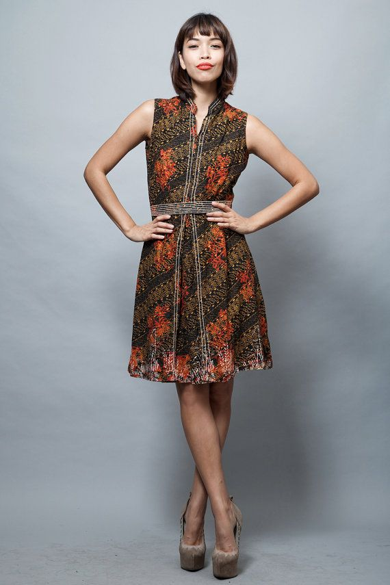 vintage 60s dress cotton batik dress sleeveless by shoprabbithole