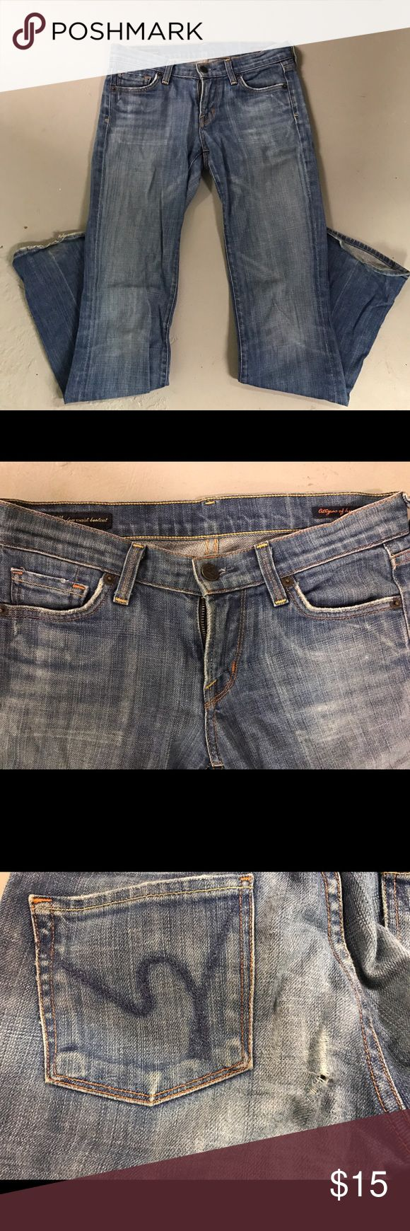 Citizens for Humanity jeans Citizens for Humanity jeans size 25. Style- Kelly #001 low waist boot cut stretch. Signs of wear on bottom of legs in back. Small hole near back pocket. Citizens of Humanity Jeans Boot Cut