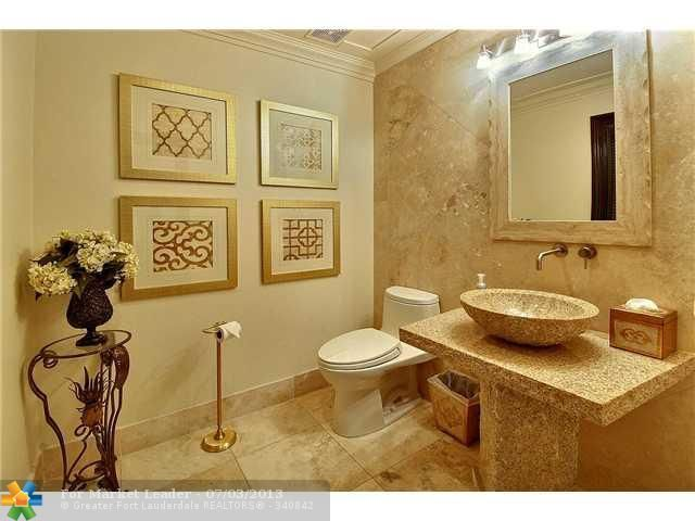 Bathroom Home is for Sale Fort Lauderdale, FL