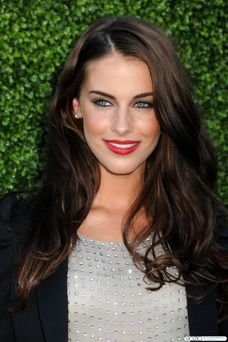 So not fair how beautiful Jessica Lowndes is. Love HER, her hair, and makeup!!