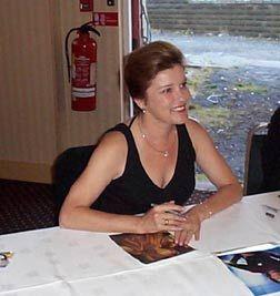 Kate Mulgrew signing
