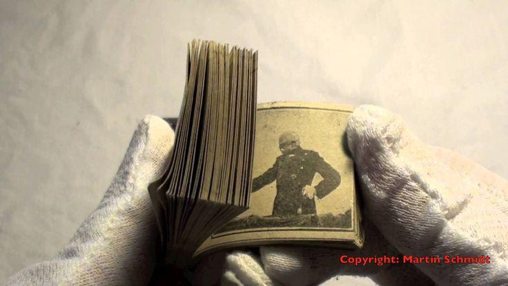 Daumenkino hergestellt von Max Skladanowsky. Skladanowsky ist der deutsche Erfinder des Film. 1. November 1895 erste öffentliche Vorführung eines Films für G...