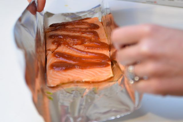 How to Cook Salmon on the Grill in Foil | LIVESTRONG.COM