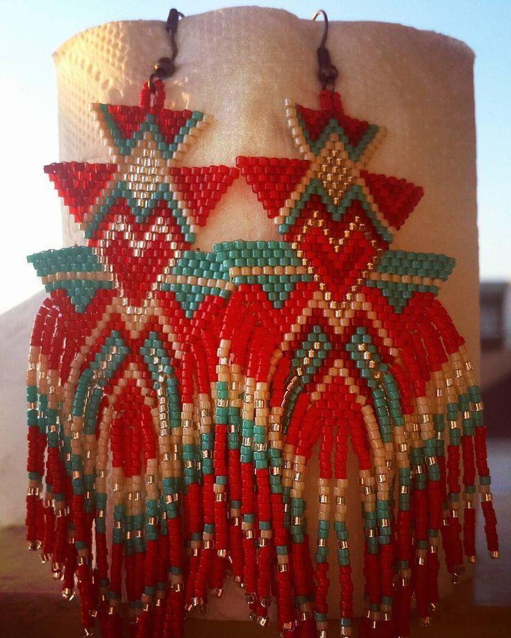 """85 Beğenme, 2 Yorum - Instagram'da Nesibe Erdoğan (@miyuki_takisandigi): """"Çok mu bir güzel olduk ❤ #jewellery #handmadejewelry #handmade #fashion #earrings #küpe #kolye…"""""""