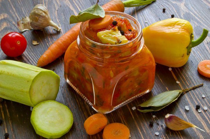 Кабачки с морковью, тушеные в овощном соусе, на зиму. Пошаговый рецепт с фото - Ботаничка.ru