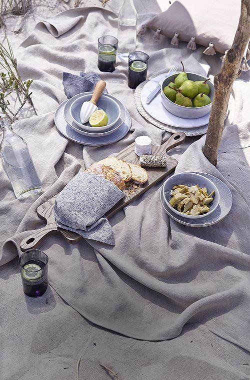 Blue Coast trend dinnerware on beach