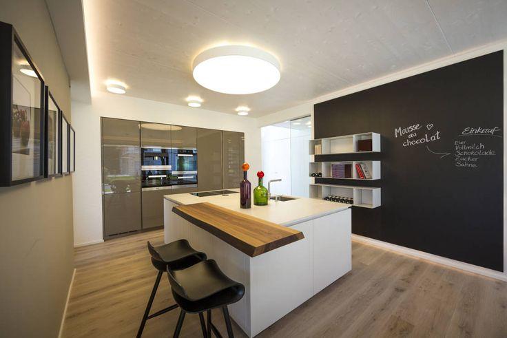 Küche : Moderne Küchen von Die HausManufaktur GmbH