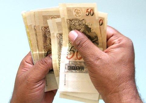 Orçamento de 2013 prevê mínimo de R$ 670,95