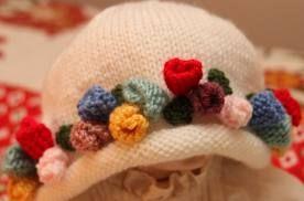 Risultati immagini per cappellino per neonato ai ferri