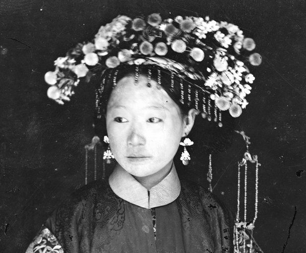 Chine: une mariée mandchoue