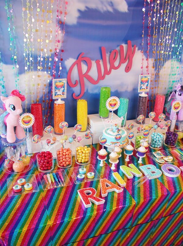 Trend Alert: My Little Pony Rainbow Party