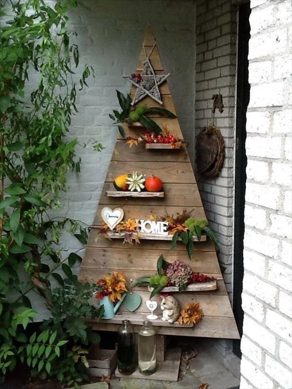 handmade wooden pallet decorative tree