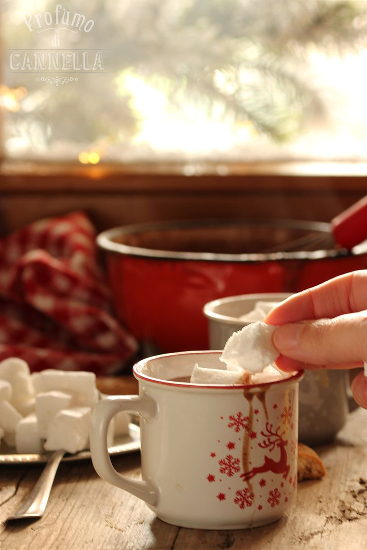Waiting for xmas - hot chocolate with home made marshmallows