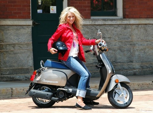 Sportmondo sports portal: New products :2013 Kymco Scooter Lineup Announced