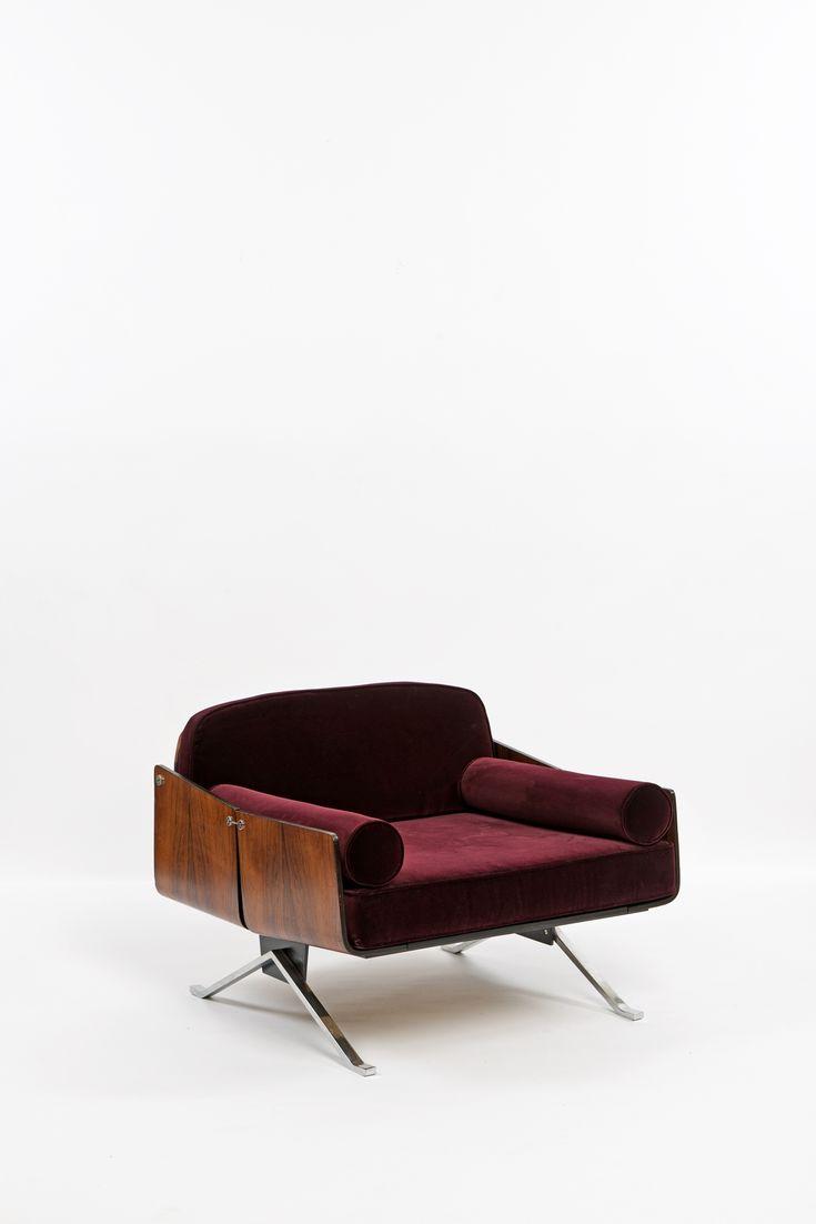 Rosewood veneer lounge chair.