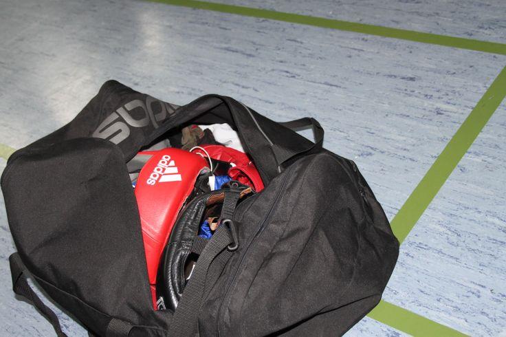 Kettler Heimtrainer Axos Cycle R, silber schwarz – amazonia http://redir.ec/OkTa