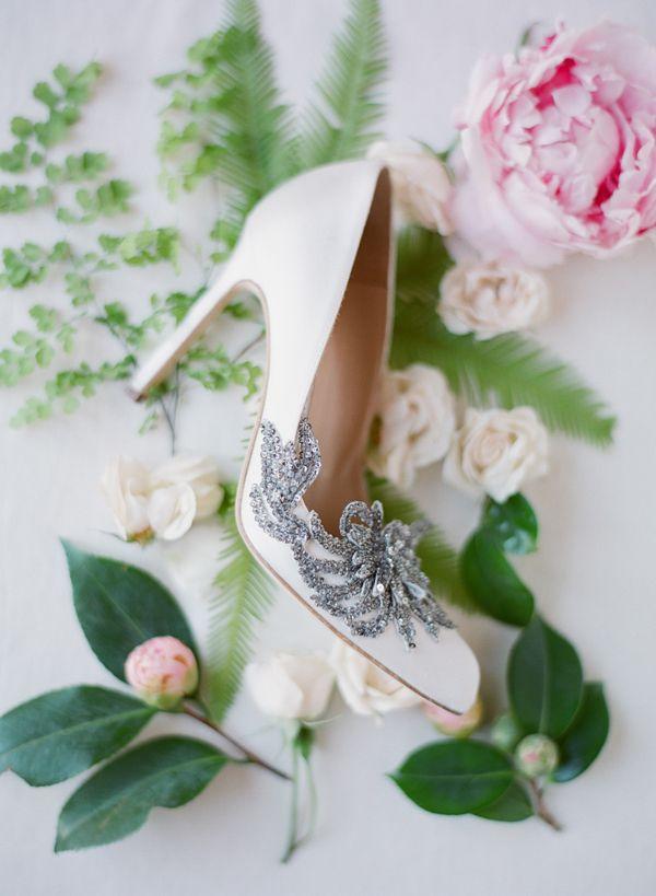 gorgeous bridal pumps   Adriana and Han – Meadowood Wedding