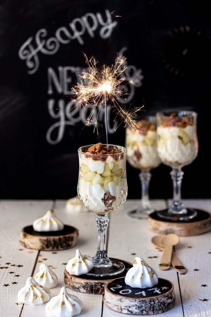 Silvester-Dessert: Apfel-Bienenstich im Glas