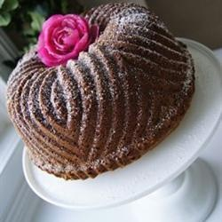 Irish Pound Cake - I love this bundt shape... I need to find a pan like this!
