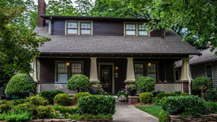 Best 25 craftsman bungalows ideas on pinterest craftsman bungalow decor bungalow floor plans for Craftsman style homes exterior photos
