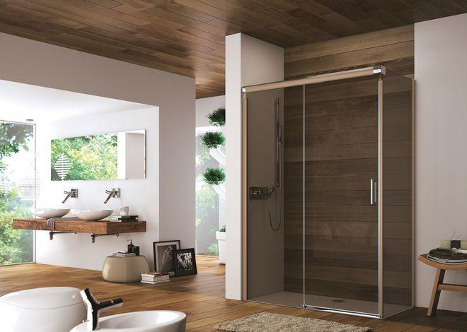 Une porte coulissante pour une douche toujours plus chaleureuse