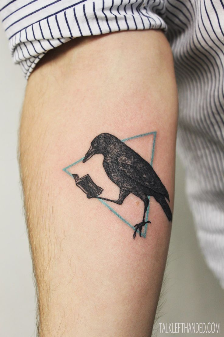 crow tattoo / perfeita para Poe lovers =D  Me acordé de Many :)