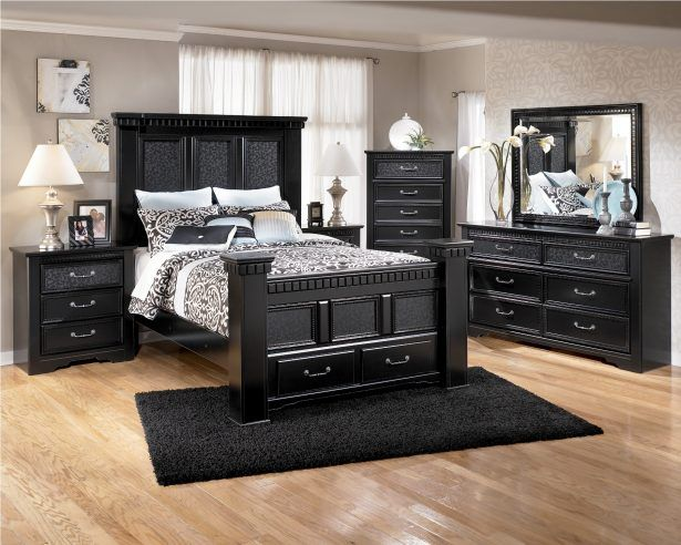 Black Modern Wooden Sleigh Bed White Mettress Flowered Bedding Contemporary Nightstand Table Lamp Drawer Jewelry Chest