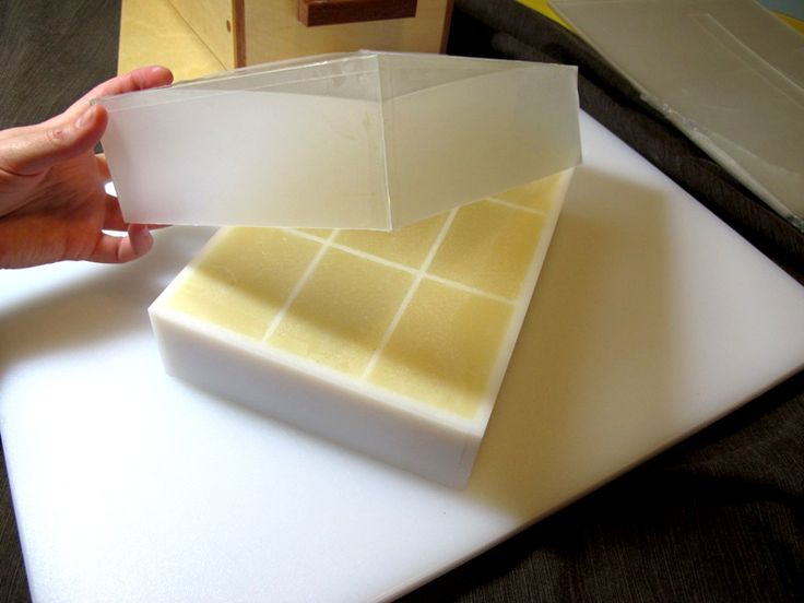 how to make soap blocks in moulds with essential oils